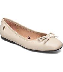 essential square toe ballerina ballerinaskor ballerinas beige tommy hilfiger