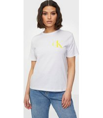 calvin klein jeans back institutional logo slim tee t-shirts