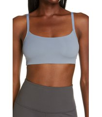 natori limitless convertible sports bralette, size small in river at nordstrom