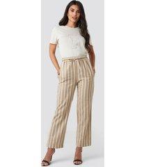 na-kd trend linen look striped pants - beige