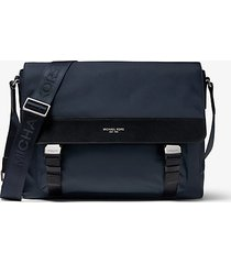 mk borsa messenger brooklyn in gabardine di nylon - navy (blu) - michael kors