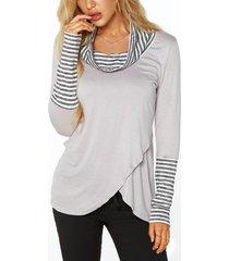 grey roll cuello camisetas con superposición de detalles de rayas en la parte delantera