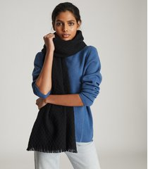 reiss aimee - oversized textured scarf in black, womens