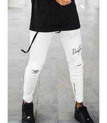 cordón ajustado elástico rasgado con estampado de letras para hombre jeans