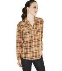 blusa manga larga estampada camel curvi