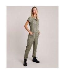 macacão de sarja feminino com bolsos manga curta verde militar