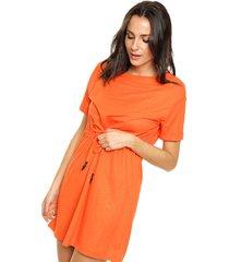 vestido naranja koxis pensamiento