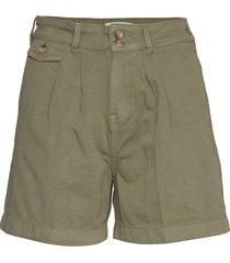 paulette chino shorts bermudashorts shorts grön morris lady