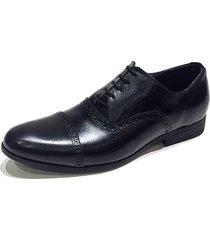 zapato negro prototype betsy
