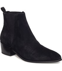 karen shoes boots ankle boots ankle boots with heel svart pavement