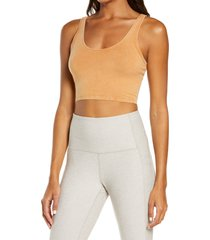 free people fp movement hot shot crop cami, size medium in toasted coconut at nordstrom