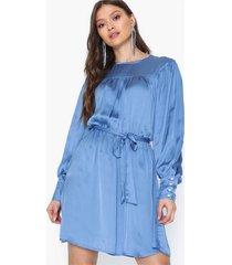 only onlcassy l/s midi dress wvn loose fit dresses