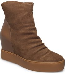 trish s shoes boots ankle boots ankle boot - heel brun shoe the bear