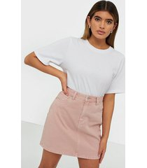 vero moda vmkate hr short denim color skirt minikjolar ljus rosa
