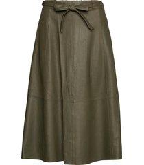 50158 knälång kjol grön depeche