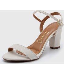 sandalia blanca vizzano