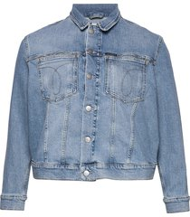 plus omega trucker jeansjack denimjack blauw calvin klein jeans