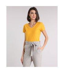 camiseta flamê de algodão básica manga curta decote v amarela