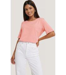 jldrae x na-kd t-shirt - pink