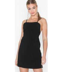 topshop black low back mini slip dress festklänningar