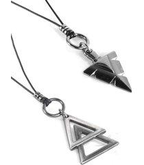 colar marshop tribal com piramide preto