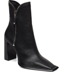 lane black grain leather shoes boots ankle boots ankle boots with heel svart alexander wang