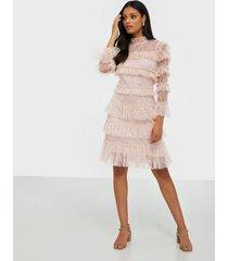 by malina carmine mini dress fodralklänningar