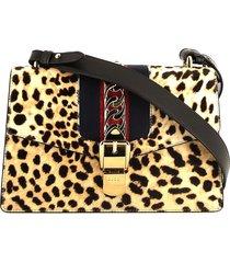 gucci pre-owned sylvie leopard print shoulder bag - neutrals