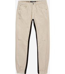 calça john john skinny port royal sarja bege masculina (bege claro, 50)