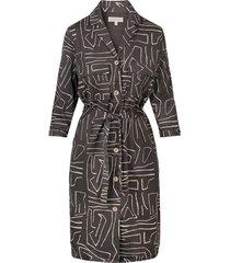 doorknoop jurk met safariprint grafietgrijs