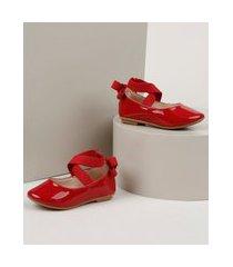 sapatilha infantil baby club bico redondo em verniz com elástico cruzado vermelha