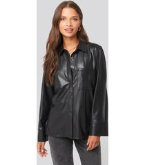 na-kd party front pocket button up shirt - black