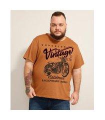 """camiseta de algodão plus size moto vintage"""" flocada manga curta gola careca caramelo"""""""