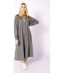 vestido gris skanda aby