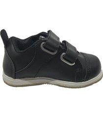zapatilla negra keek