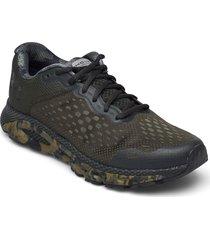 ua hovr infinite 3 camo shoes sport shoes running shoes grön under armour
