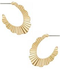 gold plated textured fan oval hoop earrings
