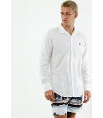 camisa de hombre, silueta confort clásica, cuello francés, manga larga, color blanco