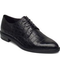 frances snörade skor låga svart vagabond