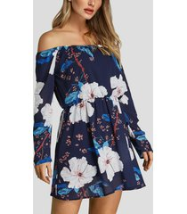 vestido azul marino con cinturilla elástica con hombros descubiertos y estampado floral al azar