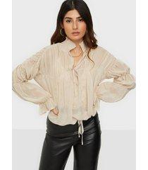 missguided sheer poet blouson sleeve blouse festblusar