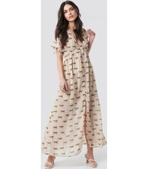 na-kd trend front button maxi dress - beige
