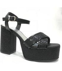sandalia  negra lali ramirez by rh positivo