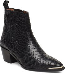 rebecca snake nappa boot shoes boots ankle boots ankle boots with heel svart flattered
