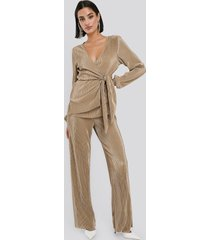 na-kd party wide pleated trousers - beige