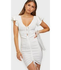 missguided ruched front midi dress fodralklänningar