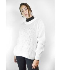 sweater blanco a lo juana eva