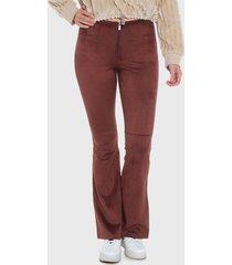 pantalón wados flare taupe - calce ajustado