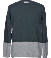 vi.e six edges sweaters