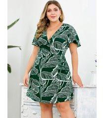 plus tamaño verde aleatorio hoja envoltura de impresión diseño vestido
